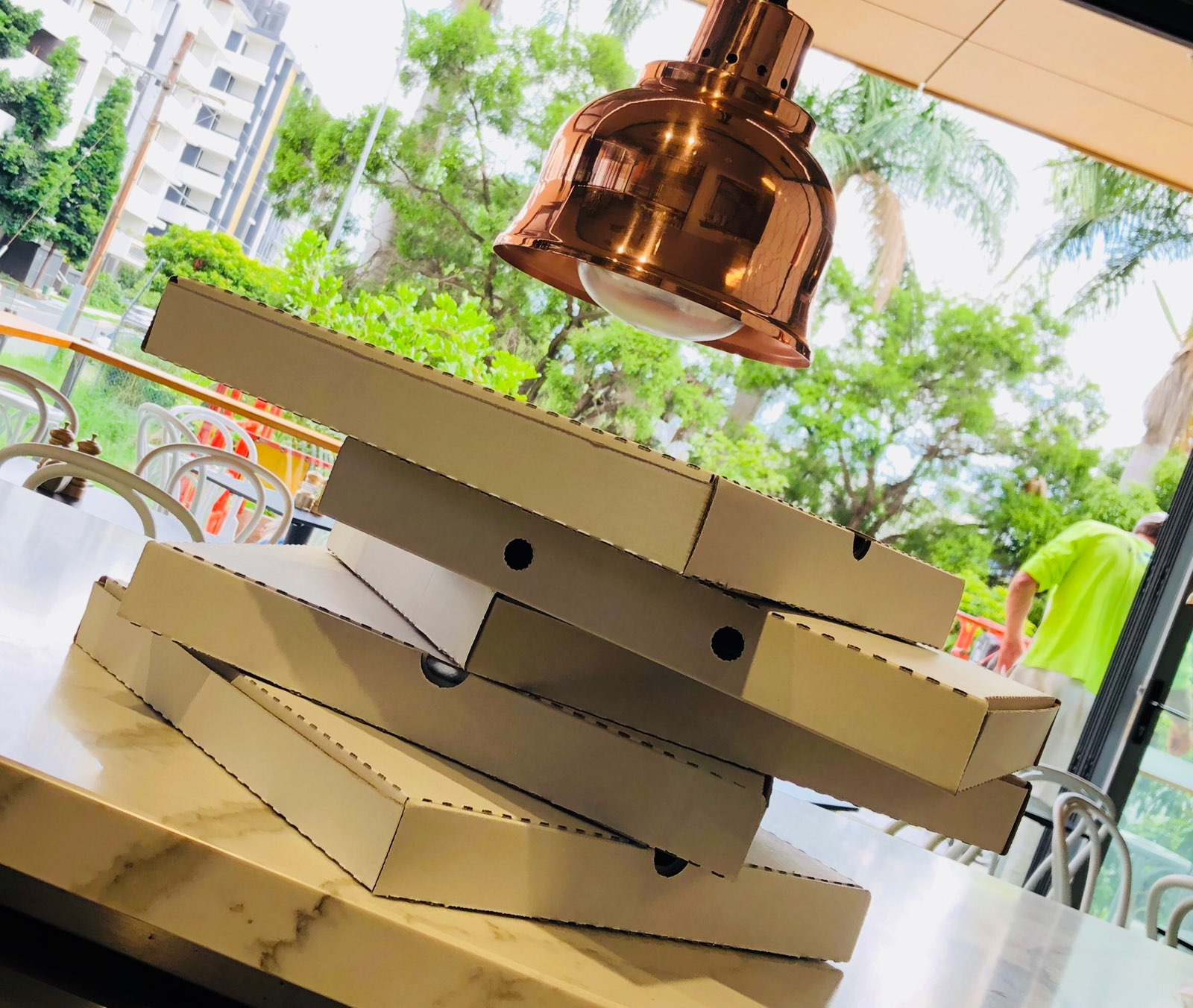 pizza boxes for takeaway food in west end